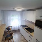 Hostel Racibórz - ogólnodostępna kuchnia z mikrofalówką